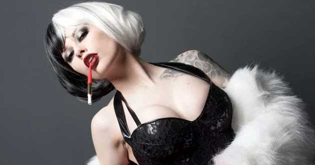 Vera Bambi Channels Her Inner Cruella | Cosplay News Network